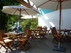 Grossansicht in neuem Fenster: Beyer`s Aktiv-Park Biergarten