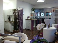 Grossansicht in neuem Fenster: Andinas Nail & Beauty Point - Eingang